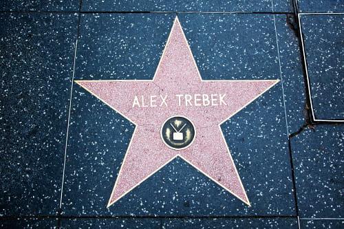étoile d'Alex Trebek sur le Walk of Fame à Hollywood.