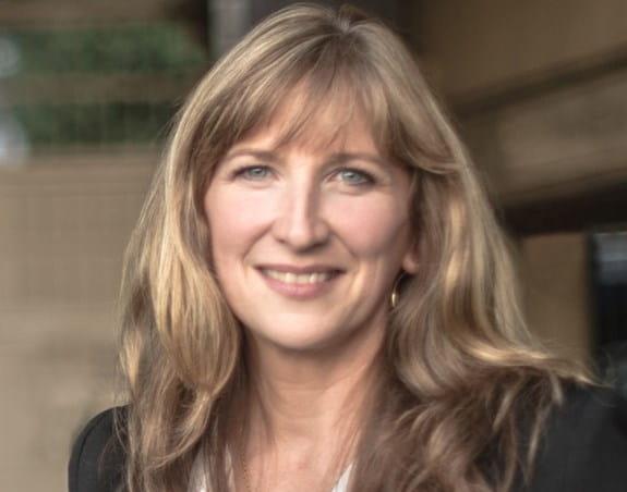 Sandra Krueckl, Vice-présidente principale, Mission, information et services