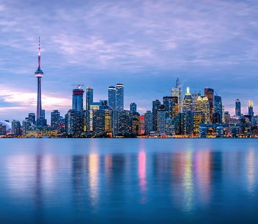 Panorama de Toronto au crépuscule