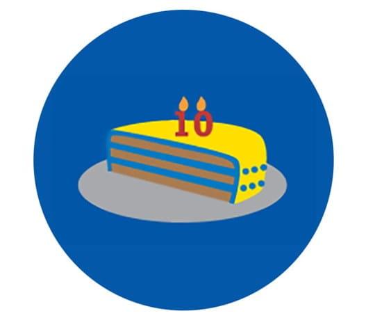 Morceau de gâteau surmontée du chiffre 10