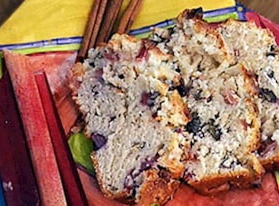 Rhubarb nut bread