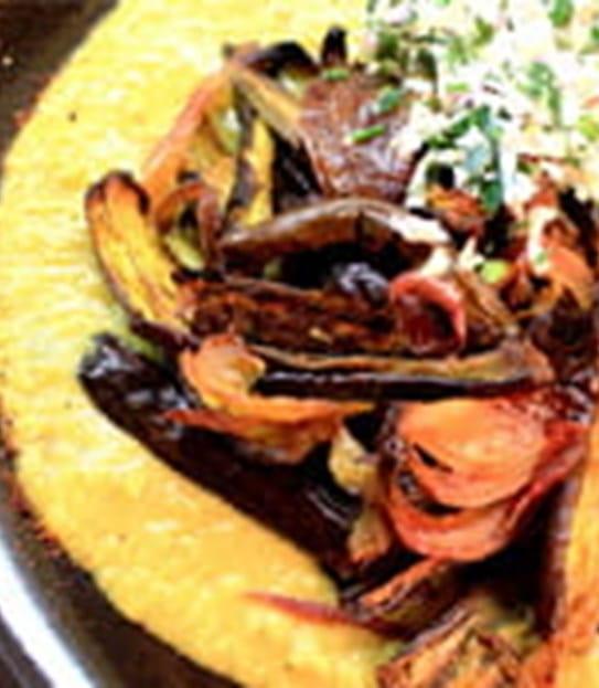 Cari d'aubergine grillée et sambal de noix de coco