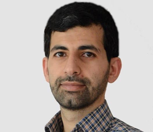 A photo of Dr Amir Sanati-Nezhad smiling at the camera
